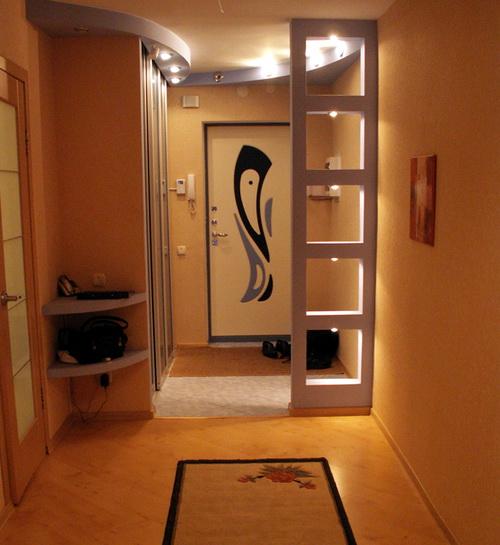 Перегородка в коридоре