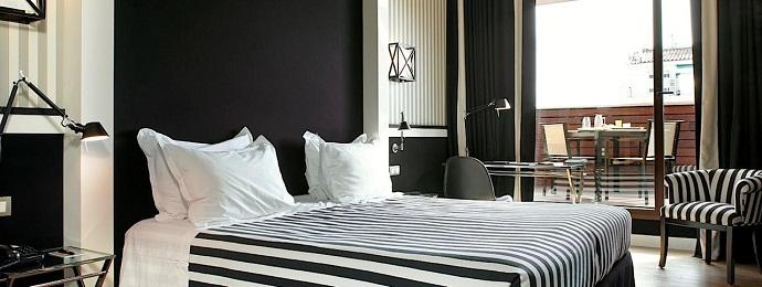 Ремонт комнаты в черно-белом цвете