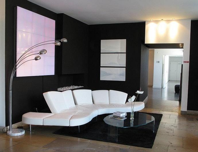Ремонт комнаты: дизайн гостиной в черно-белом цвете